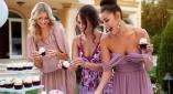 Shoppa gästklänningar till bröllopet