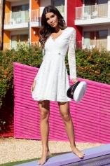 Shoppa studentklänningen från Bubbleroom