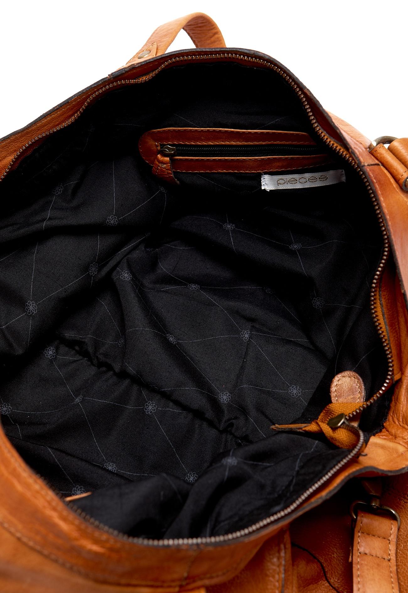 Pieces Laukut Netistä : Pieces totally royal travel bag konjakki bubbleroom
