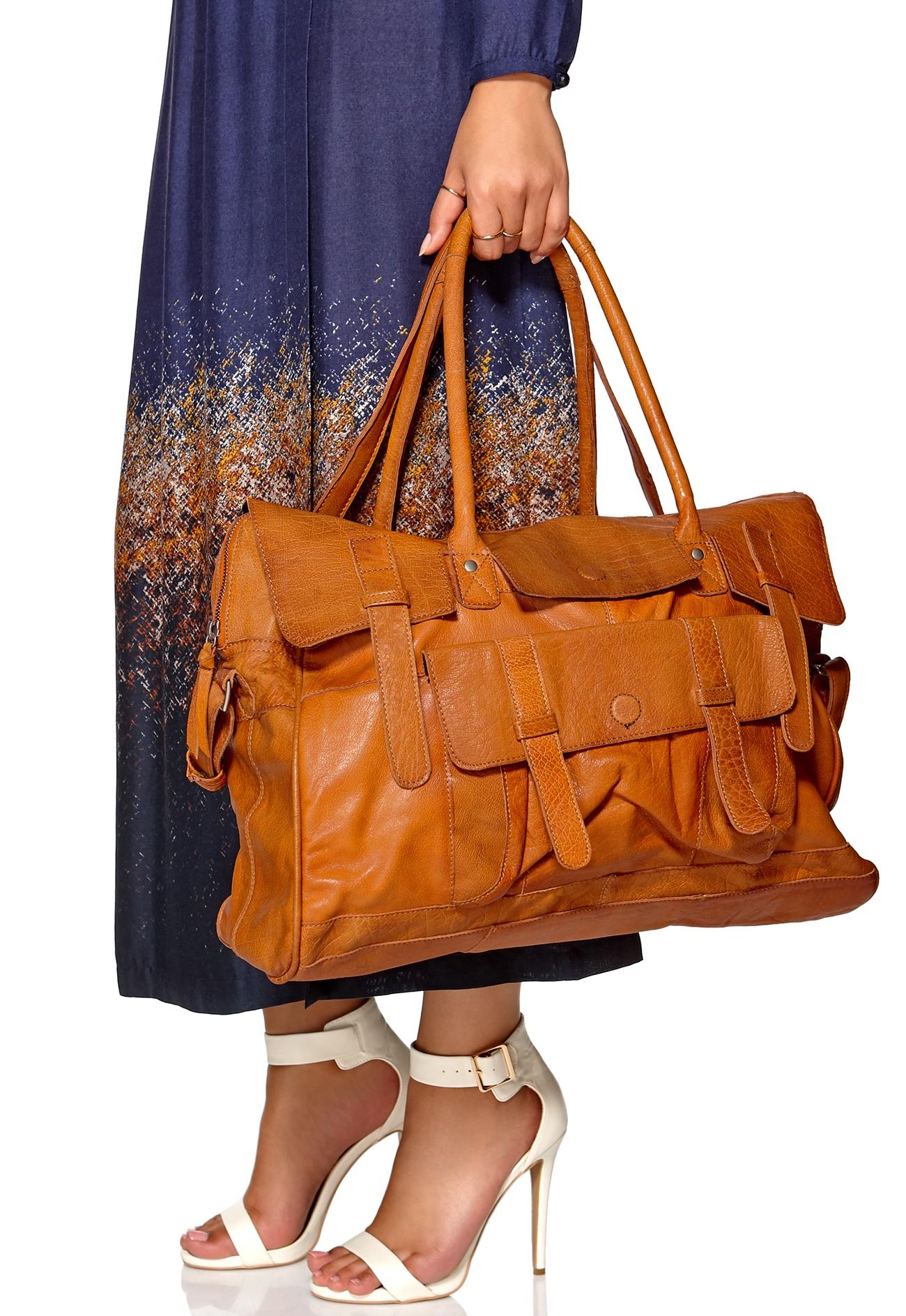Laukut Pieces : Pieces makie leather travel bag konjakki bubbleroom