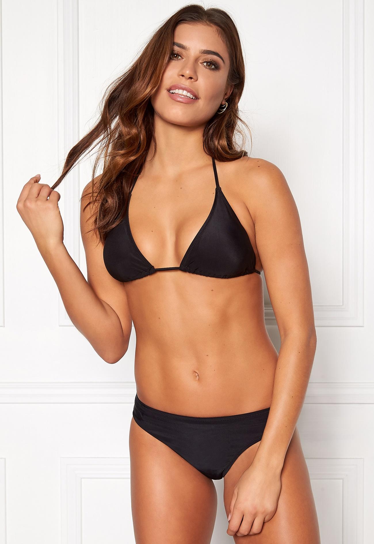 BEACHWAVE Jane Bikini top Black