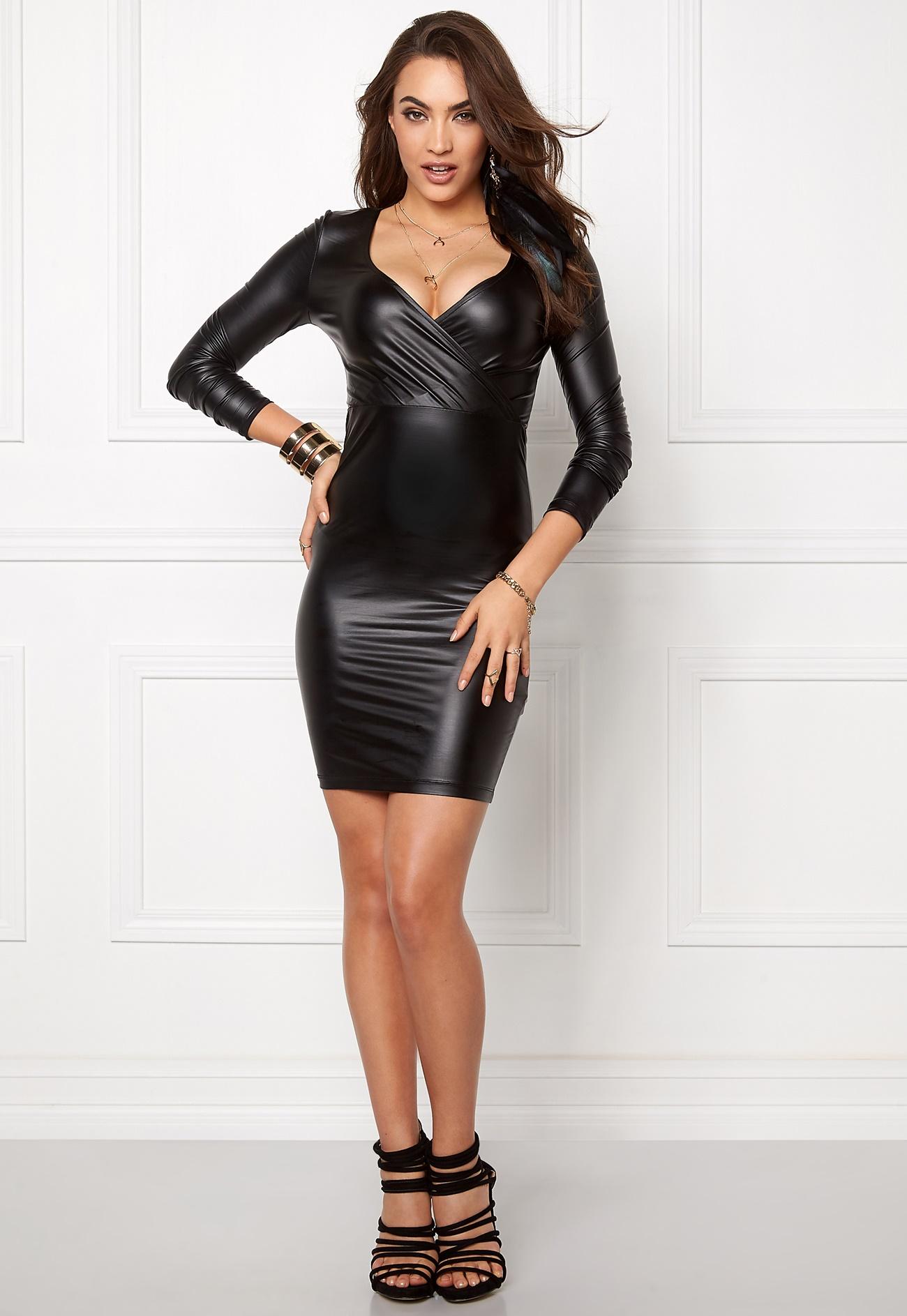 casino dresses