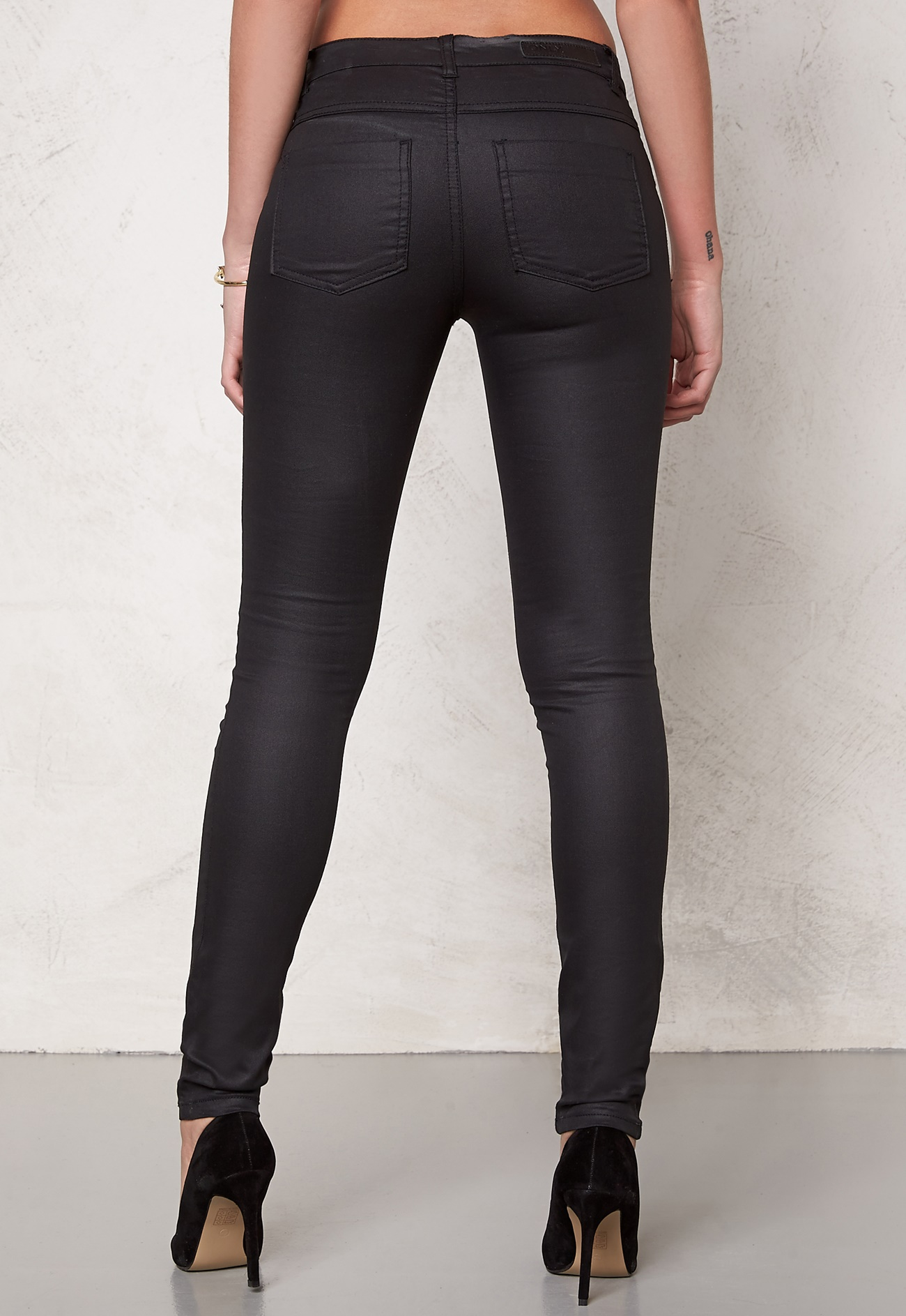 Coated jeans for women