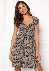 Happy Holly Tessan dress Black / Patterned Bubbleroom.se