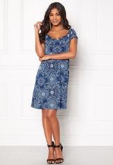 Happy Holly Tessan dress Medium blue / Paisley Bubbleroom.se