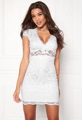Model Behaviour Vera Dress White Bubbleroom.dk