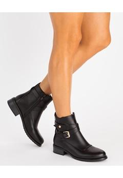 Glossy Boots, Ursula Svart Bubbleroom.se
