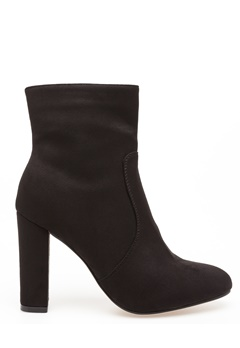 Glossy Heeled boots, Hedda  Bubbleroom.eu