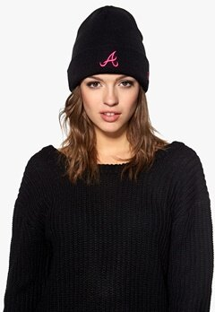 New Era Pop Cuff Knit Atlbra Black/Pink Bubbleroom.no