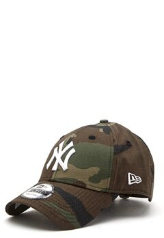 New Era 940 Camo Basic NEYYAN Woodland Camo Bubbleroom.se
