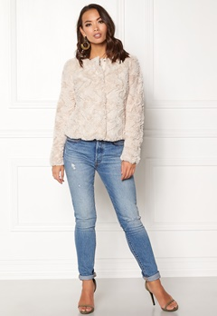 VERO MODA Curl Short Fake Fur Jacket Oatmeal Bubbleroom.se