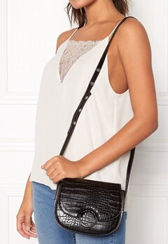 NORR by Erbs Muna Crossbody Black Croco 018 Bubbleroom.se