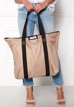 Day Birger et Mikkelsen Day Gweneth Bag 02025 Pale Rouge Bubbleroom.fi
