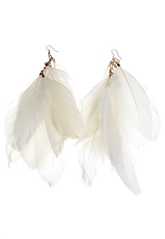77thFLEA Feather earrings White Bubbleroom.se