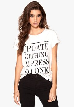 77thFLEA Malmo T-skjorte Offwhite Bubbleroom.no