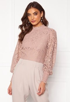 Alexandra Nilsson X Bubbleroom Lace balloon sleeve top Dusty lilac Bubbleroom.se