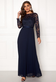 Chi Chi London Anneta Lace Maxi Dress Navy Bubbleroom.se