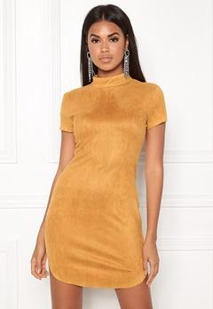 AX Paris Faux Suede Mini Dress Mustard Bubbleroom.se
