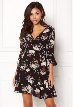 AX Paris Floral Print Dress Black Bubbleroom.se
