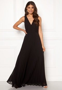 AX Paris Lace Pleated Maxi Dress Black Bubbleroom.se