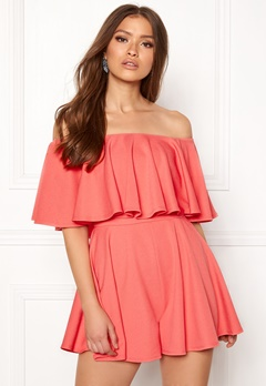 Goddiva Resort Bardot Frill Playsuit Coral Bubbleroom.se