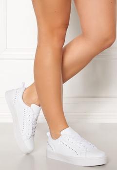 Bianco Birka Studs Sneakers 800 White Bubbleroom.se