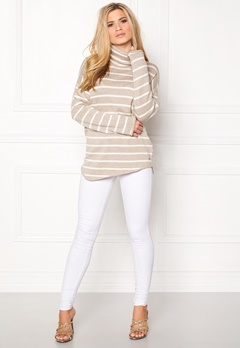 Boomerang Onyx Sweater 001 Offwhite Bubbleroom.se