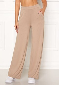 BUBBLEROOM Alanya trousers Light nougat Bubbleroom.se