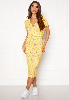BUBBLEROOM Becky wrap dress Yellow / Floral Bubbleroom.se