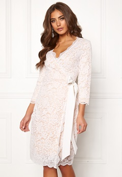 BUBBLEROOM  Carolina Gynning lace wrap dress  Bubbleroom.se