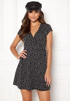 BUBBLEROOM Caylee dress Black / White / Dotted Bubbleroom.se