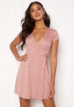 BUBBLEROOM Caylee dress Dusty pink / White / Dotted Bubbleroom.se