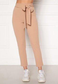 BUBBLEROOM Dilara straight leg trousers Beige Bubbleroom.se