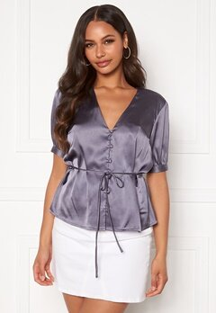 BUBBLEROOM Farida blouse Dusty blue Bubbleroom.se