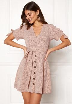 2a28064634ae Klänningar – Köp din snygga klänning online | Bubbleroom