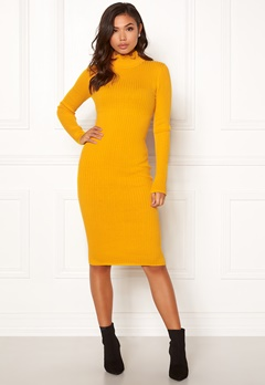 BUBBLEROOM Hilma knitted dress Mustard yellow Bubbleroom.se