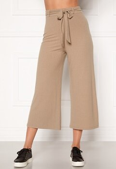BUBBLEROOM Indira rib trousers Light nougat Bubbleroom.se