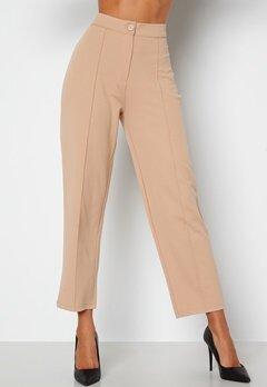 BUBBLEROOM Joanna soft suit pants Beige bubbleroom.se
