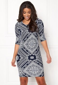 BUBBLEROOM Kecia dress White / Blue / Patterned Bubbleroom.se