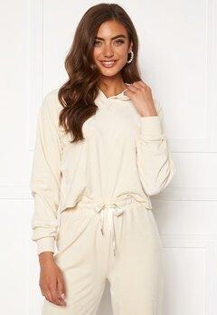 BUBBLEROOM Milia super soft velvet hoodie Cream Bubbleroom.se