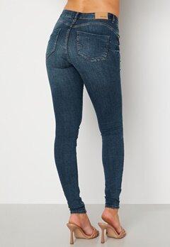 BUBBLEROOM Miranda Push-up jeans Medium blue Bubbleroom.se