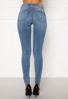 BUBBLEROOM Miranda Push-up jeans Light blue Bubbleroom.se