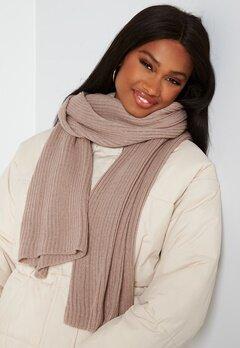 BUBBLEROOM Ofelia knitted scarf Dark dusty pink bubbleroom.se