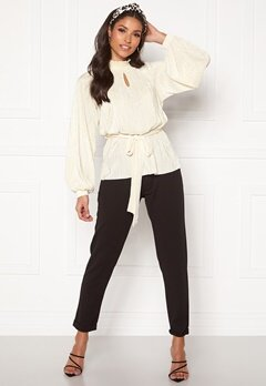 BUBBLEROOM Ophelia pleated blouse Cream Bubbleroom.se