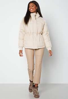BUBBLEROOM Rahima Drawstring Waist Puffer Jacket Light beige bubbleroom.se