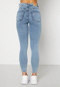 BUBBLEROOM Sandy highwaist superstretch Light denim Bubbleroom.se