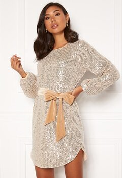 BUBBLEROOM Sanja sparkling dress Champagne / Silver Bubbleroom.se