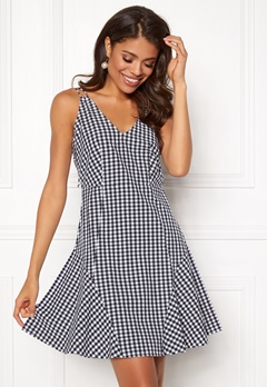 BUBBLEROOM Sienna flounce dress Black / White / Checked Bubbleroom.se