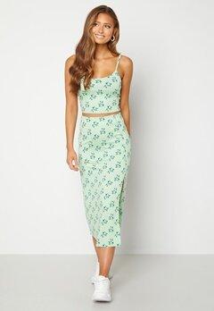 BUBBLEROOM Thelsie midi skirt Green / Floral Bubbleroom.se