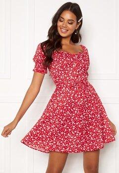 BUBBLEROOM Violie puff sleeve dress Red / White / Floral Bubbleroom.se